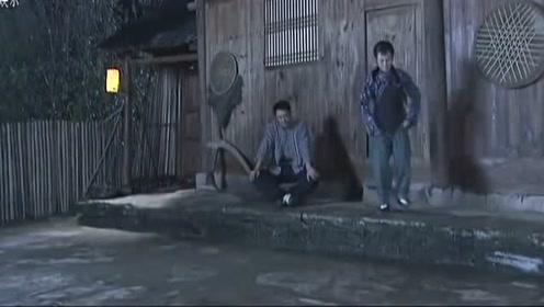 边城汉子:与杨翠翠完婚后,蒲地流很快就有了自己的儿子蒲大旺。
