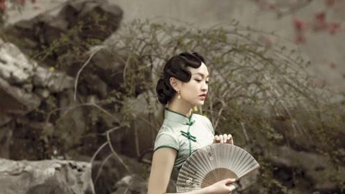 怎样把旗袍穿的迷人有韵味 这几个搭配小技巧要学会