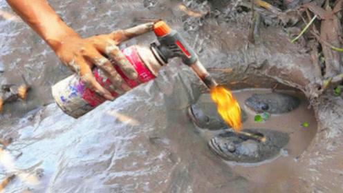 外国小哥发明用火钓鱼绝技,老渔民一看:简直是人才!