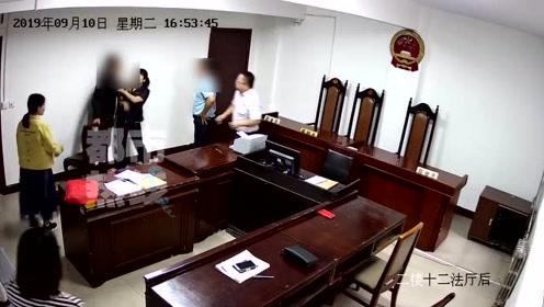 辱骂被告律师 男子酒后扰乱法庭秩序 吃5000元罚单