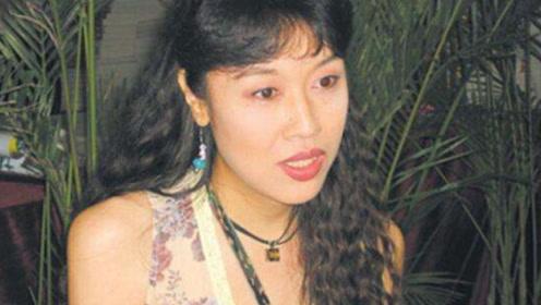 """中国第一个""""变性人"""",美若天仙让人难忘,香港富豪追求多年!"""