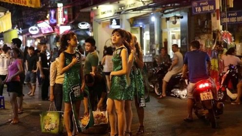 """当老挝美女询问要""""抽烟""""吗?其实有含义的,导游:接不接看你了"""