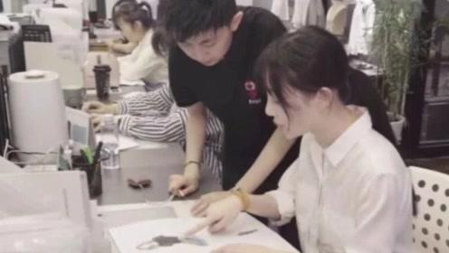 """李小璐转型当""""设计师"""",创建了自己的服装品牌"""