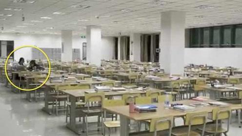 甘肃张掖5.0级地震,众人下楼避险,2学生图书馆淡定学习