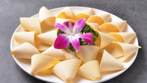 豆皮蛋白质是牛奶好几倍,搭配虾仁芦笋一起吃,补钙健脑效果好
