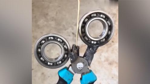 普通的一把钳子,被改造成漂亮的钥匙扣,厉害了!