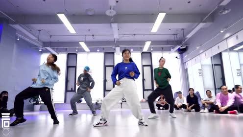 南京三石街舞爵士舞工作室,国内特邀导师肖菲舞蹈展示