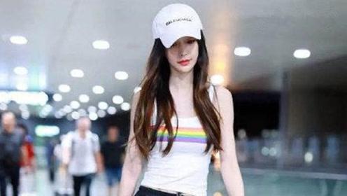 娱乐圈刮起时尚运动风,Angelababy短上衣搭运动裤