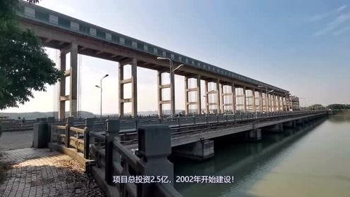 绵阳地标:三江大桥,连接小枧和经开区,电站的蓄水深度不可思议