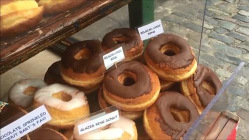 闲逛欧洲食品市场,品种繁多的甜甜圈吸引各国美食爱好者!