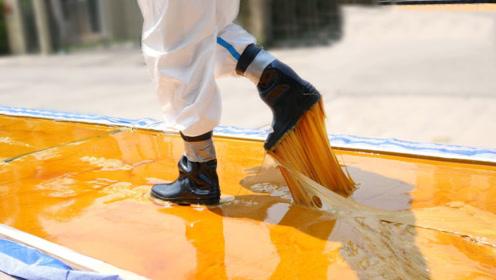 世界上最黏的胶水有多强?一脚踩下去,结果会怎样!