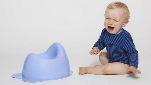 姥姥一盆洗澡水缓解了母乳宝宝便秘,宝宝便秘原因可真多