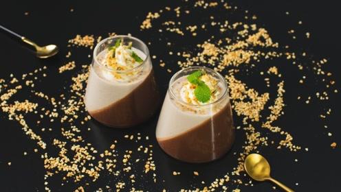 浓醇巧克力与甜糯香蕉相互交融,巧克力香蕉慕斯杯带来甜品新体验