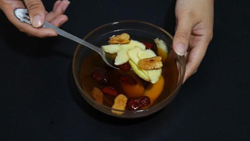 生姜加红枣一起泡水喝,解决了很多人的烦恼,现在知道还不算晚