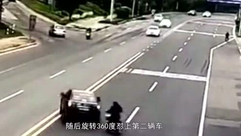 """妙龄女子骑车横穿马路,小车""""贪恋美色""""为其避让,连撞两车!"""