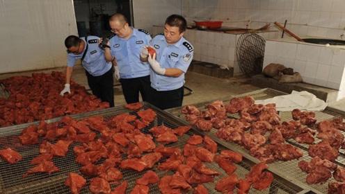 """""""假牛肉""""是怎么来的?看完整个生产过程,忍不住:太坑人了!"""