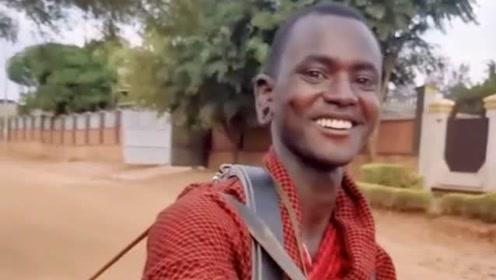 非洲第一帅的马赛人,一夫多妻制,一个狮子见了掉头就跑的民族!