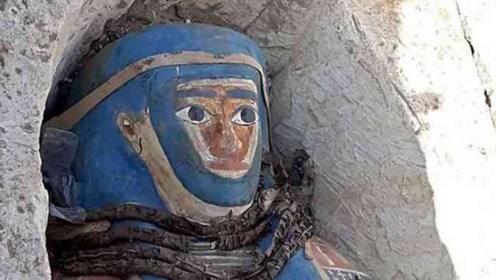 """埃及墓穴惊现""""孙悟空""""木乃伊!专家们连夜飞往:这绝不是巧合"""