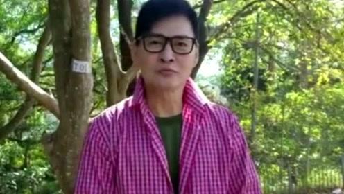 他年轻时堪比吴彦祖,却因父亲病重隐退,如今64岁帅过郑少秋