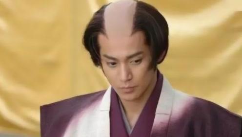 """为啥日本武士都是统一""""地中海""""发型?当地人悄悄说出真相,看完笑出鼻涕泡"""