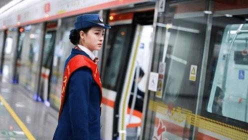 """爆红后的地铁站""""赵丽颖"""",如今过得怎么样?称:想好好工作"""