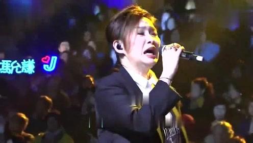 汤宝如蒋志光合唱《相思风雨中》,太经典了