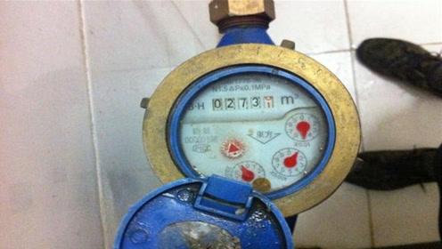 家里的水费翻倍交?只需一根像皮筋,轻便省下不少开支,涨知识了