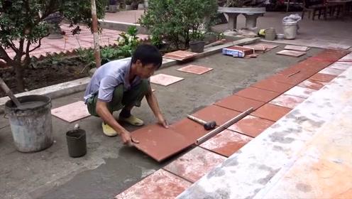 看看越南老师傅是如何贴地砖的,这样贴又快又好还不空鼓