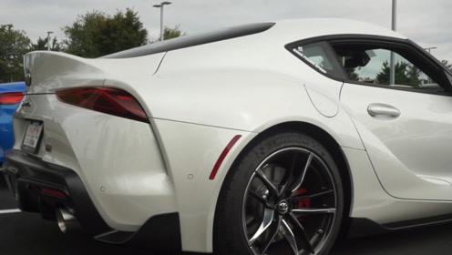 2020款丰田Supra跟宝马Z4停一起,谁的颜值更高?