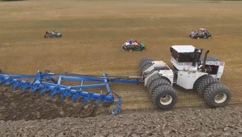 世界上最大的拖拉机,全球仅存一台,耕地过程好壮观