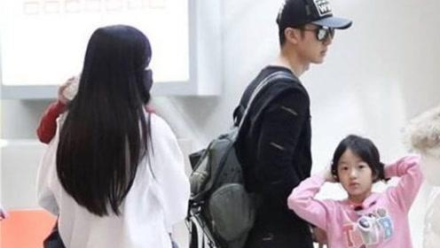 吴尊携家人出游,看见镜头妻子用手遮挡躲避万分,网友:长得丑?