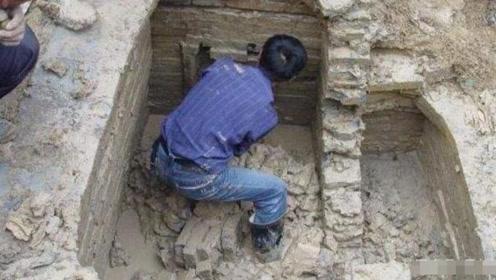 浙江农民在自家祖坟挖出五层青石板,考古队:封锁现场,我们接手