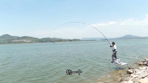 """单钩挂饵调漂,双钩挂饵作钓,这种钓法简直就是草鱼""""克星"""""""