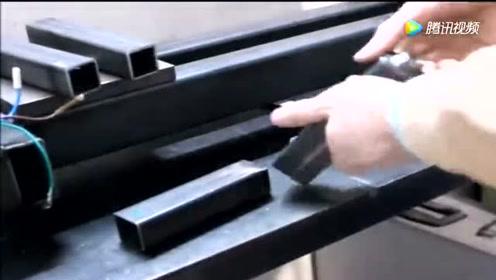 牛人教你打造一台简易车床,在家就能车珠子