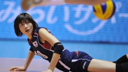 韩国女排不敌中国队,突然在赛场跳起舞,裁判都没反应过来!