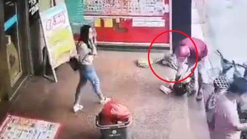 深圳一4岁男童路边被抱走 警方:父母感情纠纷争夺孩子抚养权