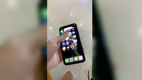 IPhone11系列是真的耐摔,网友:我买的是假的?