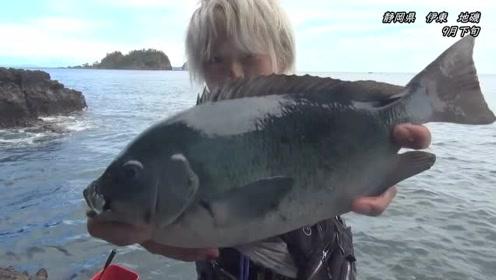 伊豆半岛海钓,潜藏着很大巨物,会有惊喜