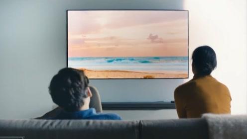 国外发明新型电视机,厚度不到2.6毫米,贴在墙上就像壁纸