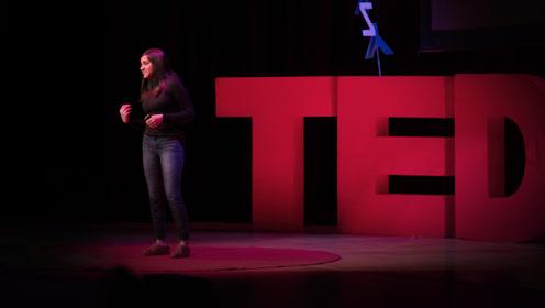 TED:当人工智能被植入人类的偏见,也许你就是受害者