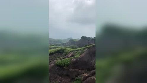 东江湖气候宜人,山奇水秀,景色迷人!