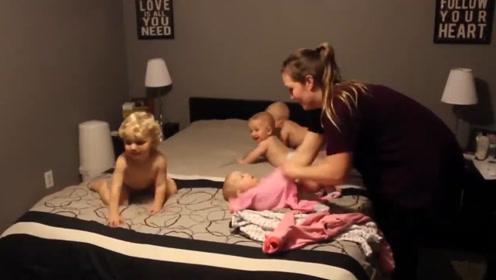 妈妈给哥哥和三胞胎穿衣服,四个娃各种逃跑,妈妈直接被累趴了