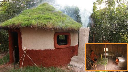 野外生存,在庇护所内建造炉灶和桌椅,开始生活做饭了