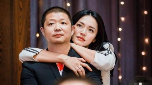 39岁姚晨和二婚老公近照曝光,身份不简单,比前夫不相上下