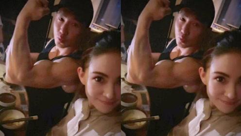 刘畊宏与昆凌吃火锅秀肌肉 调侃让珍珠奶茶变腹肌
