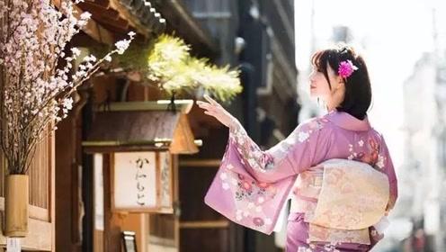 日本女性穿和服时,腰后的枕头是干什么的?答案不便直说