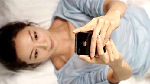 少玩手机!韩研究显示睡前玩手机增加抑郁症风险