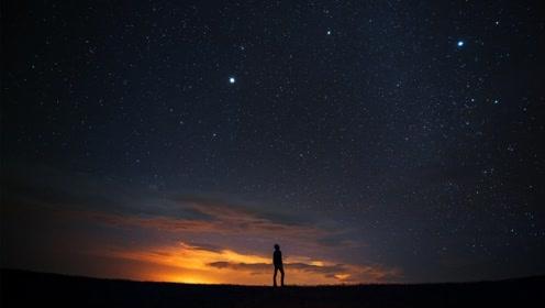我们看到的星空是真实的吗?星星眨眼是怎么回事呢?答案在视频里