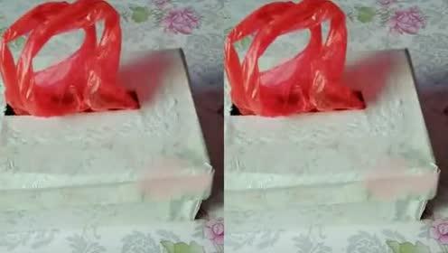 天天买菜的塑料袋堆积成山!一招教你用鞋盒秒变抽纸式塑料袋!