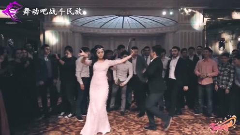 """格鲁吉亚女孩跳舞气质真优雅,个个都像""""小公主"""""""